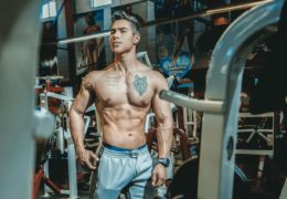 Wypracowanie mięśni i spalanie tkanki tłuszczowej
